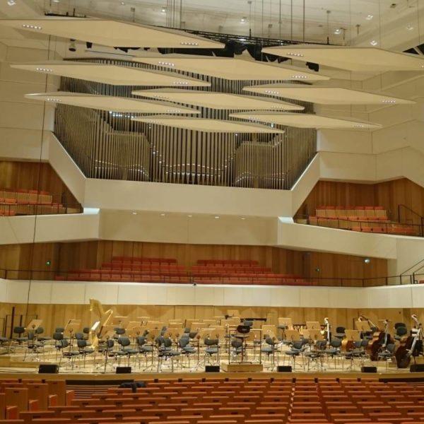 Fohhn Focus Venue in der Dresdener Philharmonie, Blick auf die Bühne