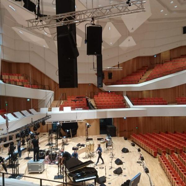 Fohhn Focus Venue in der Dresdener Philharmonie, Aufbau