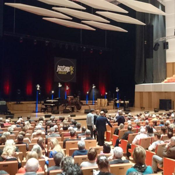 Fohhn Focus Venue in der Dresdener Philharmonie, Abschlusskonzert der Dresdener Jazztage, Einlass